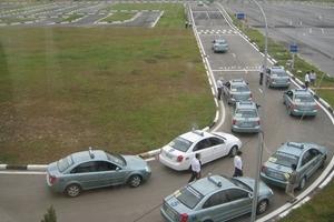 Quản lý, sát hạch giấy phép lái xe: Bất cập lý thuyết và thực tế?