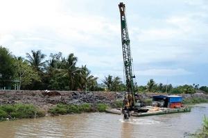 """Gói thầu xây dựng 6 cầu tại các tỉnh Trà Vinh, Vĩnh Long: Gặp """"hạn"""" với các nhà thầu thiếu năng lực"""