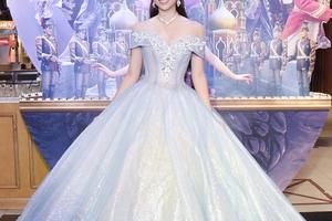 Hoa Hậu Tiểu Vy hóa trang thành công chúa xinh đẹp trong ngày lễ Halloween