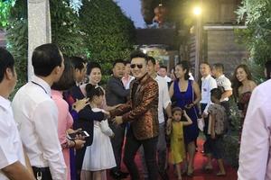Hà Nội: Đám cưới tại Đông Anh mời toàn sao ca nhạc