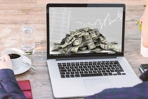Khối ngoại bán ròng: Không nên xem nhẹ