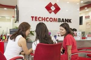 VCSC: Tăng trưởng thu nhập phí thuần của Techcombank gặp khó