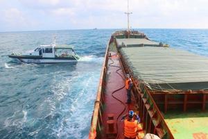 Quảng Nam: Tạm giữ tàu vận chuyển gần 3.000 tấn than