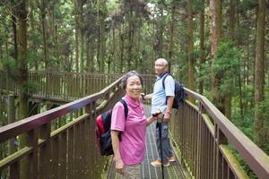 Kinh nghiệm tổ chức du lịch dành cho người lớn tuổi