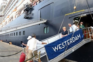 Video: Malaysia khẳng định du khách tàu Westerdam dương tính Covid-19