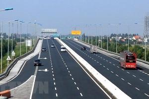 Cầu Bạch Đằng lún võng, chủ đầu tư đổ cho thời tiết
