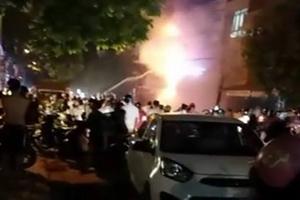 Thanh Hóa: Nhiều nhà liền kề cháy lớn trong đêm