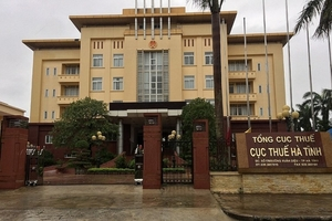 Cục trưởng Cục thuế tỉnh Hà Tĩnh bị tố giữ chức vụ quá thời hạn bổ nhiệm