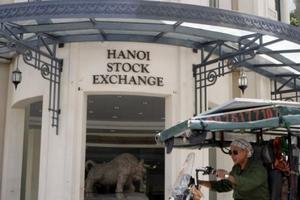 Bloomberg: Đầu tư vào chứng khoán Việt cần dây thần kinh 'thép' những ngày này