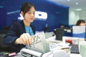 Ngân hàng đang chịu rủi ro pháp lý
