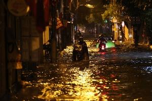 Thời tiết ngày 30/4: Cả nước mưa dông, có nơi có mưa đá, gió giật