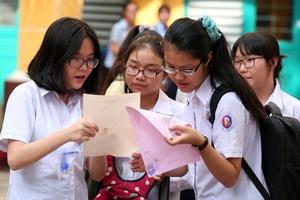 Học sinh, phụ huynh mong giảm bớt môn thi trong kỳ thi vào lớp 10