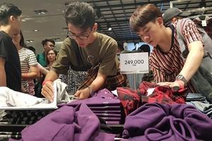 Người Việt có hào hứng với các đợt sale online?