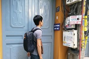 Tân sinh viên 'đỏ mắt' tìm phòng trọ trước năm học mới