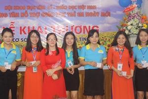 """Trung tâm Ngày Mới khai trương Cơ sở 3 và ra mắt Qũy """"Lớp học yêu thương"""" tại Hà Tĩnh"""