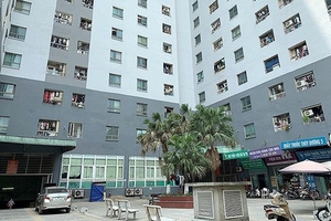 Tiếp tục rà soát 'sổ đỏ' các dự án vi phạm xây dựng ở Hà Nội