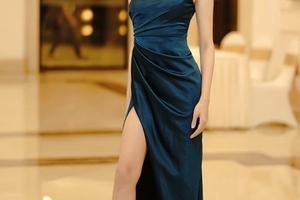 Bình chọn: Mĩ nhân Việt nào là 'Nữ hoàng thảm đỏ' tuần qua? (kì 20)