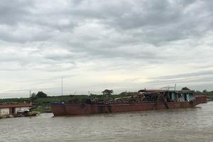 Hà Nội: Lợi dụng dự án nước sạch, cát tặc vô tư đục khoét sông Hồng!