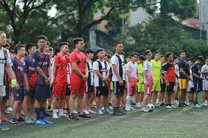 Trường THPT Đông Kinh (Hà Nội): Tổ chức giải bóng đá mini nam chào mừng năm học 2018 – 2019