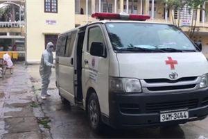Video: Y bác sĩ vỡ òa niềm vui khi Bệnh viện Dã chiến số 1 Hải Dương giải thể