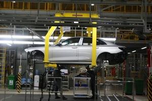 Xem quy trình lắp ráp ôtô VinFast trước ngày đi vào sản xuất thương mại