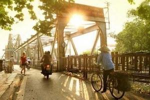 Thời tiết hôm nay 04/10: Hà Nội nắng ráo cả ngày, Trung Bộ có mưa lớn