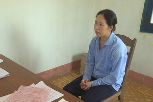 """Đắk Lắk: Bắt nữ cán bộ """"dỏm"""" lừa đảo chạy việc"""