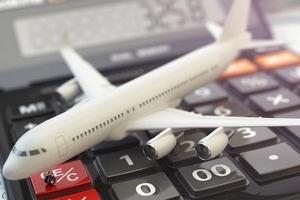 Các hãng hàng không Việt đồng loạt giảm mạnh giá vé máy bay