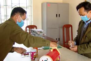 Video: Những bữa ăn 'đặc biệt' tại tâm dịch Sơn Lôi