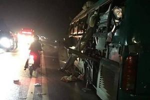 Bắc Ninh: Xe khách giường nằm phát nổ trong đêm, 14 người thương vong