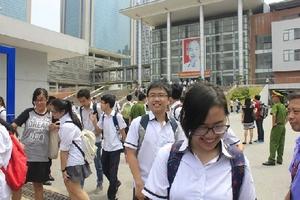 Khảo sát lớp 12 tại Hà Nội: Căng thẳng như thi Quốc gia