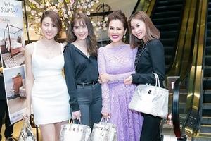 Túi Hermes bạch tạng 2,5 tỷ của Ngọc Trinh bán nhan nhản ở Việt Nam chỉ 2,5 triệu đồng