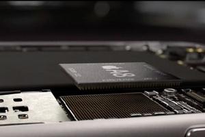 Sẽ không có iPhone RAM 4 GB trong năm nay