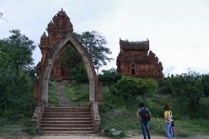 Đến Ninh Thuận - không thể không ghé tháp Chăm Pôklong Garai