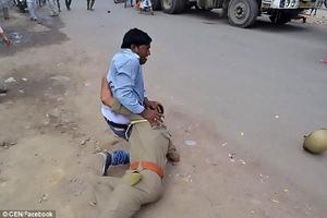 Ấn Độ: Nằm bệnh phòng chăm sóc đặc biệt vẫn bị cưỡng hiếp