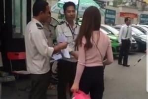 Bảo vệ Bệnh viện Bạch Mai chặn xe cứu thương không cho vào đón bệnh nhân