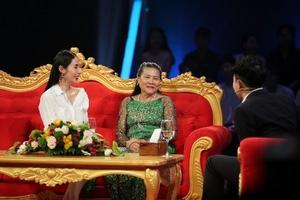 Thuỷ Tiên tiết lộ mối quan hệ 'mẹ chồng nàng dâu' khi sống cùng Công Vinh