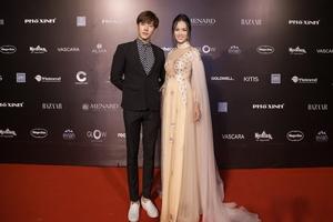 Diễn viên Minh Tú xuất hiện đầy lịch lãm tại Tuần lễ thời trang quốc tế