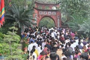 Lễ hội Đền Hùng thu hút 1 triệu lượt du khách trong ngày 10/3 âm lịch