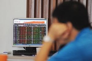 Cổ phiếu ngân hàng sẽ tăng, mặc kệ... nợ xấu?