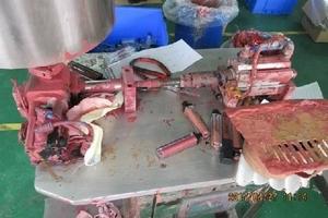 Rất nhiều thể loại mỹ phẩm 'ngoại nhập' hay 'xách tay' đi ra từ xưởng sản xuất kinh hoàng như thế này!