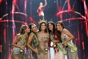 Chân dung người đẹp Peru đăng quang Tân Hoa hậu Hòa bình Thế giới 2017