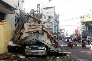 Khánh Hòa: Gần 1000 nhà sập hoàn toàn, 170 người thương vong do bão Damrey
