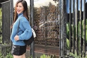 """Không cần sexy, Hương Tràm vẫn đủ làm fan hâm mộ """"rụng rời"""" với gu thời trang thường ngày"""