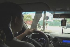 'Nghìn lẻ một lý do' tài xế không chịu gia nhập Grab sau khi Uber rời Việt Nam