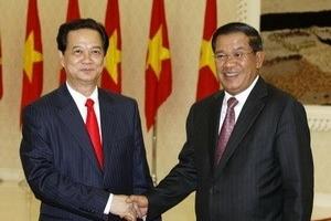 Quan hệ Việt Nam-Campuchia đang phát triển nhanh chóng