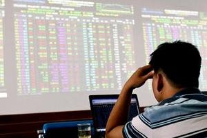 Nhà đầu tư lê lết với chứng khoán
