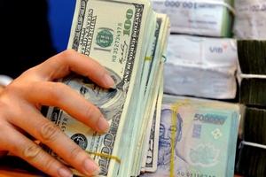 Tỷ giá USD tự do ổn định quanh 21.780 đồng/USD