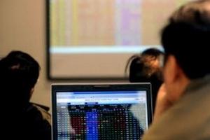 VN-Index lao dốc xuống thấp nhất trong vòng 33 tháng
