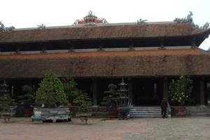 Bí ẩn 100 pho tượng đất tuyệt đẹp trong ngôi chùa cổ